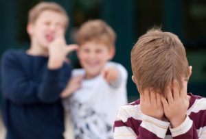 к фобии могут привести насмешки окружающих в детском возрасте