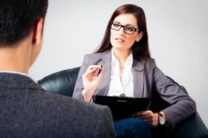 беседа с психиаторм