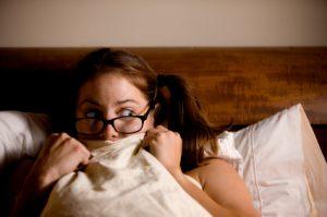 тревожным людям трудно заснуть, что усугубляет фобию