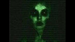 призраки традиционно ассоциируются с зеркалами