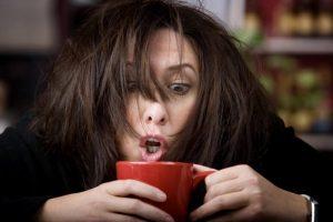 употребление кофеина усугубляет расстройство