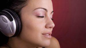 медитация помогает снять тревогу