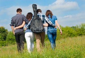 общение с друзьями устраняет беспокойство