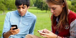подростки - активные пользователи соцсетей