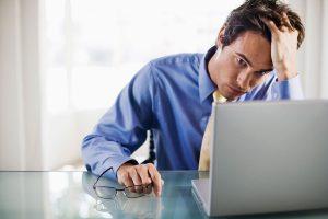 приступы паники на работе могут осложнить человеку жизнь